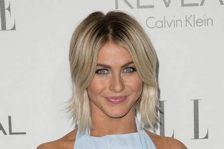 kort blond mooi