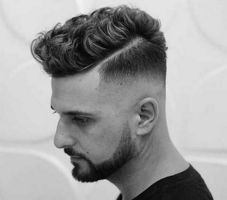 mens haircuts for thick curly hair mannen met krullen kapsels 3687 | mannen met krullen kapsels 05 15
